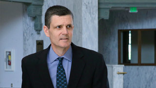 Indicted state auditor Troy Kelley fires staffers