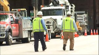 Gas leak causes street closures in downtown Seattle