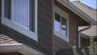 Snohomish County family living out of moving truck; Realtor blames county