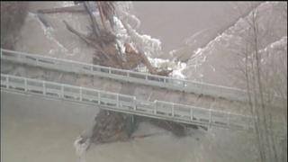 Officials warn of log jam danger on Cedar River