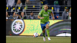 Clint Dempsey to miss Sounders game due to irregular heartbeat