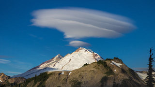 Alien invasion? A look at surreal clouds over Washington mountains