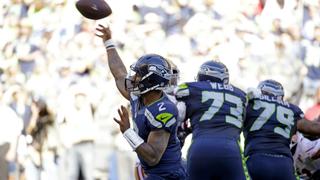 Photos show Seahawks win against 49ers, 37-18