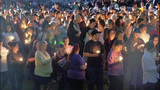 Hundreds gather to honor 5 killed in mall shooting
