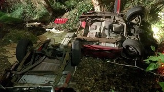 2 injured after vehicle goes down embankment in Centralia