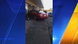Car crashes into Federal Way office