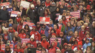 Teachers, students rally in Olympia for education funding