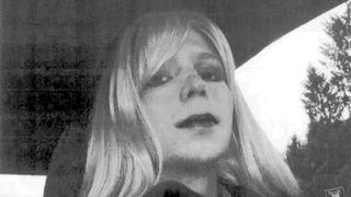 Obama shortens Chelsea Manning