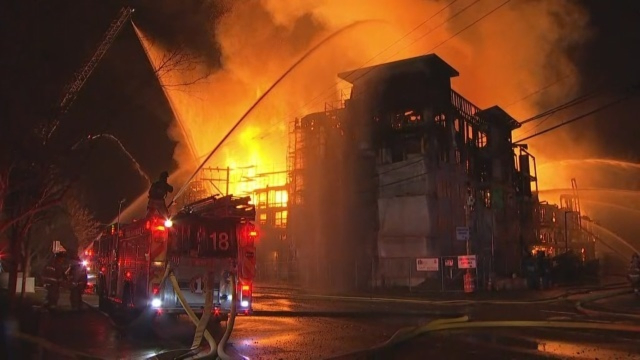 2 firefighters hurt as crews battle massive fire in Lynnwood