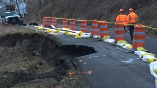 King County concerned about collapsing road