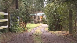 Carpet knife attack kills mother, injures daughter at Snohomish home