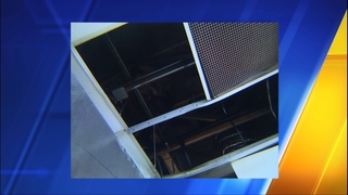 Serial burglars cut through strip mall roofs