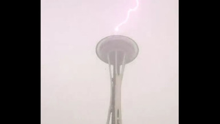 Lightning strikes the Space Needle