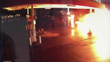 FRAME BY FRAME: Car crash into gas pump… - (5/8)