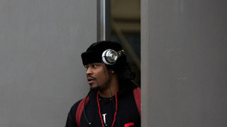 Marshawn Lynch adds to the rumors of his return to the NFL