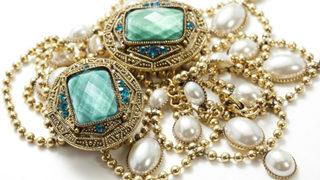The six eras of antique jewelry