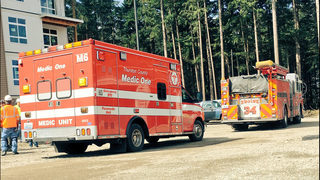 Worker falls off building under construction in Lacey
