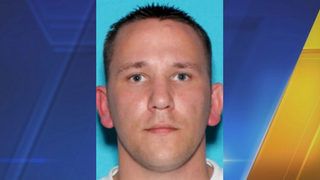 Detectives search for suspect in string of Marysville burglaries