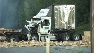 Eastbound I-90 back open west of Snoqualmie after 2-semi crash