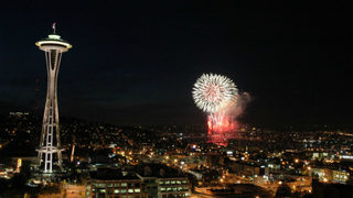 Celebrate 4th of July with a fantastic fireworks display at Lake Union