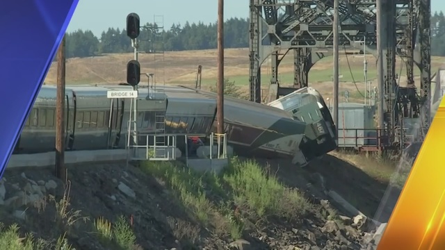 Passenger train derails near Steilacoom   KIRO-TV