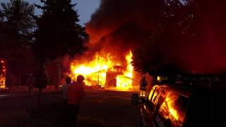 Woman in her 80s found safe after Federal Way fire