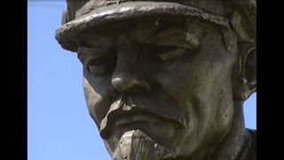 VIDEO: Lenin statue comes to Seattle