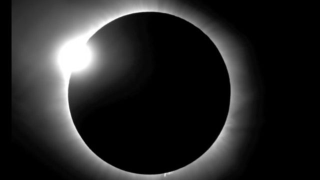How to photograph the solar eclipse with your smartphone