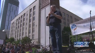 Former State GOP chairman denounces President Trump at Seattle rally