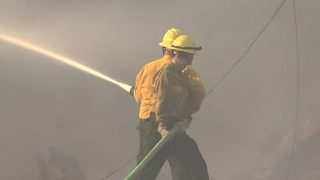 4 homes, 2 barns lost in Thurston County brush fire