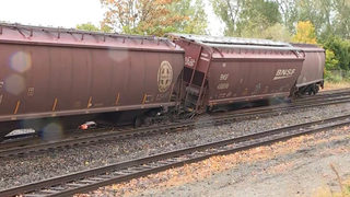 Freight train derails along Seattle waterfront