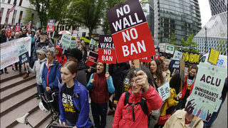 Temporary OK for travel ban puts focus on Wednesday hearing in Seattle