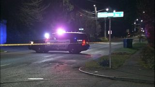 Body cam video shows moments officers fatally shot robbery suspect in Seattle park