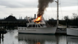 Firefighters respond to Everett boat fire
