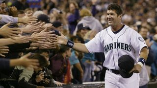 Edgar Martinez, 2 others seem set for Hall election
