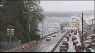 WSDOT using new protocol to close I-90 bridge amid strong winds
