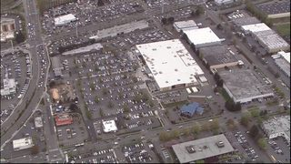 Police respond to bomb threat at Walmart in Renton