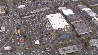 Police respond to bomb threat at Walmart in Renton