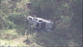 Serious crash closes I-5, injures child