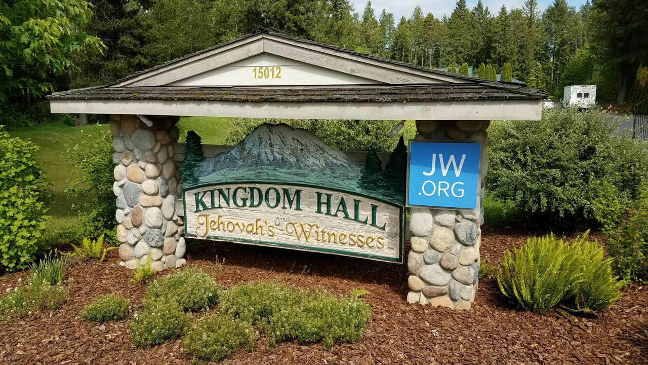 Shots fired into Kingdom Hall of Jehovah's Witnesses | KIRO-TV