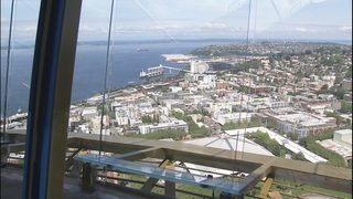 PHOTOS: Space Needle reveals new glass panels on observation deck
