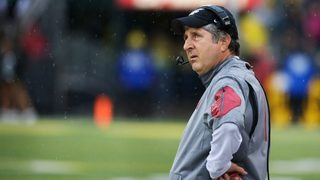 WSU football coach Mike Leach tweets doctored President Obama video from 2014