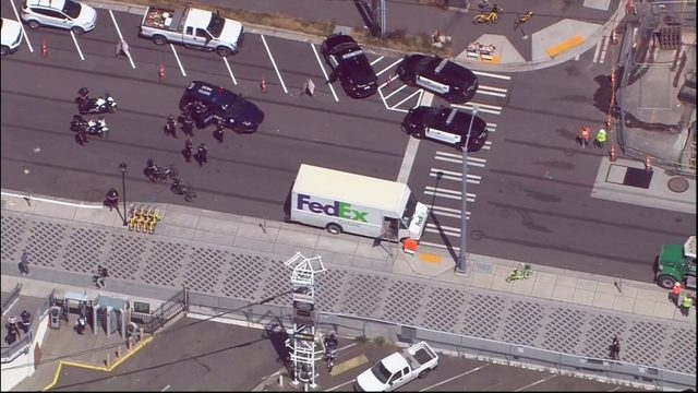 Bellevue police: Driver arrested after stolen FedEx truck struck
