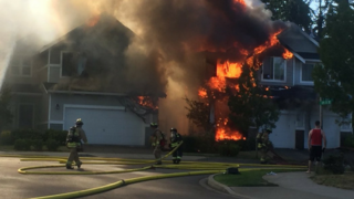 Wind-fueled fire in Everett destroys two homes
