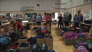 3,000 kids go back-to-school shopping for free