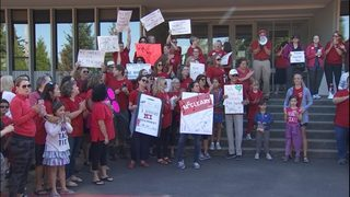 Some teachers still bargaining with districts as start of school nears