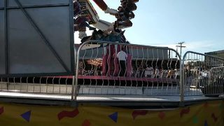 (Graphic language warning) RAW VIDEO: People trapped when ride malfunctioned