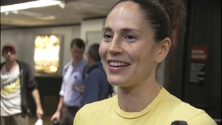 RAW: Seattle Storm return to SeaTac after winning WNBA Championship