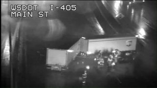 RAW VIDEO: NB I-405 in Bellevue completely blocked after crash