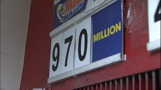 Mega Millions jackpot soars to $1 billion